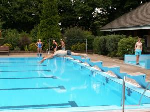 4o jahre freibad-hemmingstedt 10 20160814 1920663382