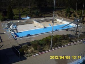 neue folie fuers nichtschwimmerbecken 12 20120421 1622293120
